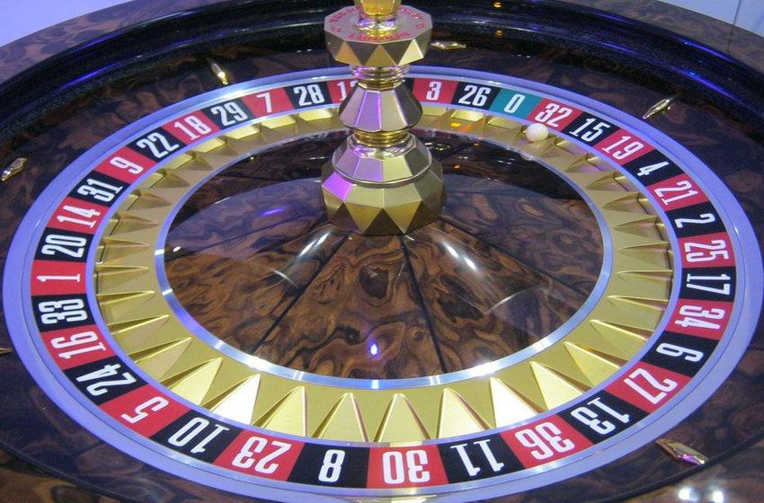 Huxley Stardust Roulette Wheel